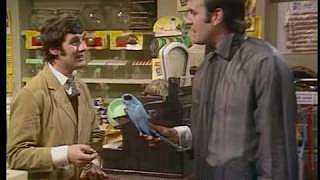 Monty Python - Dead Parrot (czech sub)