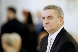 Předražená zakázka v Lánech: Prověřování Mynáře ukončila Zemanova ochranka