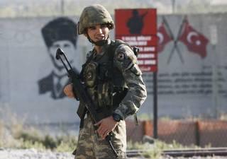 Turecko v Sýrii: Trump nemá zahraniční politiku, jen hračky pro znovuzvolení