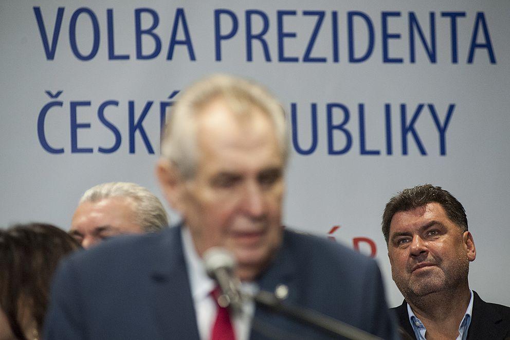 Miloš Zeman apříliš mnoho detektivů