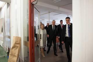 Miloš Zeman volí v 2. kole prezidentských voleb