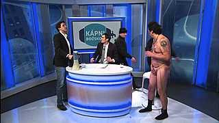 Zatýkání v přímém přenosu za použití Slovenštiny v české televizi!