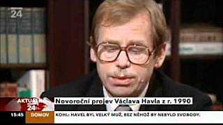 Václav Havel: New Year's Address to the Nation 1990 / Novoroční projev 1990 (English subtitles)