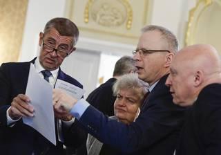 Dostavba Dukovan: Andrej Babiš vystrašil ČEZ. Proč tak najednou?
