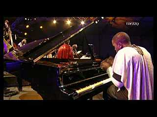 Sun Ra Arkestra - Nancy Jazz Pulsations Live (2009)