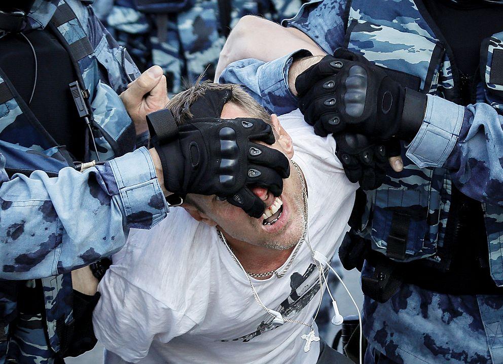 Hrdina moskevských protestů dostal podmínku azákaz blogování