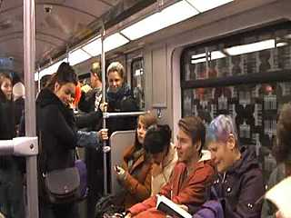 Lachen in der U-Bahn - www.lachen-verbindet.de