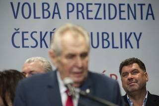 Miloš Zeman a příliš mnoho detektivů