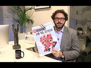 Erik Tabery představuje Respekt s přílohou k 25 letům a časopisem Fenomén Technologie
