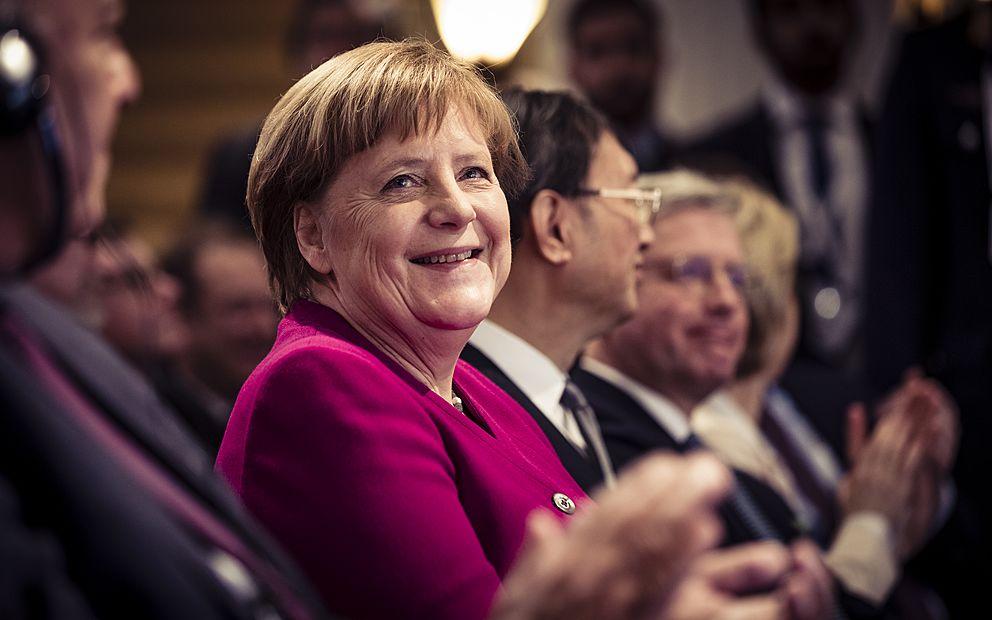 Problémy vyřešíme jen společně, řekla Angela Merkel ve svém politickém odkazu