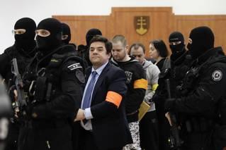 Pak přišli Ján Kuciak a Martina Kušnírová. Střelec se před soudem přiznal k nájemné vraždě