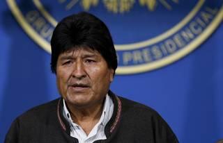 Strašlivý bolivijský puč? Morales si za svůj pád může sám